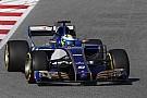 Forma-1 A Pirelli zöld utat adott: jöhetnek a pokolian gyors F1-es autók