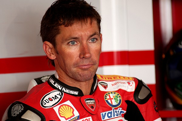 Superbike legend Bayliss to make racing comeback aged 48