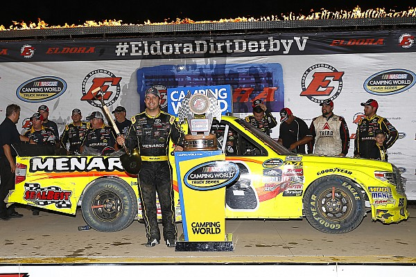 NASCAR Truck Crafton supera Friesen e vence em Eldora