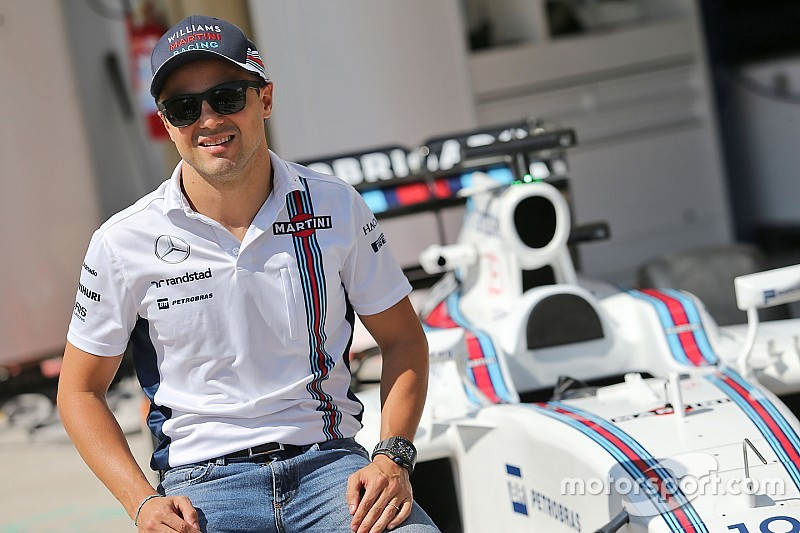 Massa accepts offer to stay at Williams in 2017