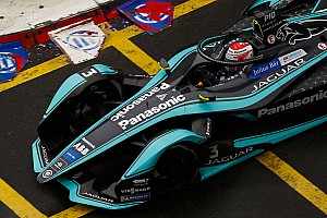 Piquet: Jaguar a second slower than rivals in Hong Kong