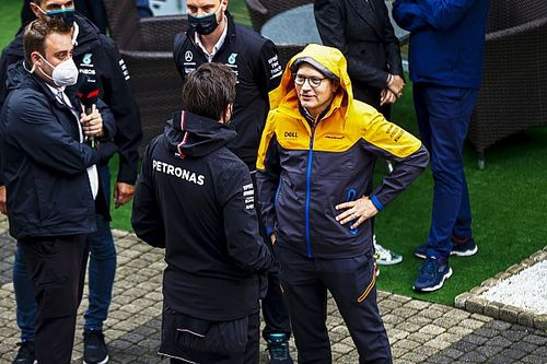McLaren, Mercedes'ten açıklama bekliyor