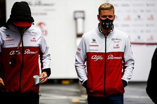 Schumacher, Haas koltuğuna yakın olabilir