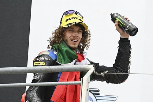 Bezzecchi ultima su fichaje por el equipo Yamaha Petronas para 2022