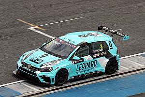 TCR Test Huff-Vernay-Morbidelli: tripletta Volkswagen nei test di Zhejiang