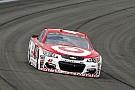 NASCAR Cup Kyle Larson vince a Fontana e regala il successo a Ganassi
