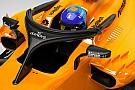 A McLaren vette a lapot: strandpapucsokat reklámoznak a Halón