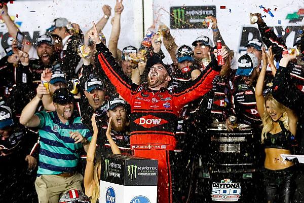 Daytona 500: Dillon menangi balapan penuh insiden