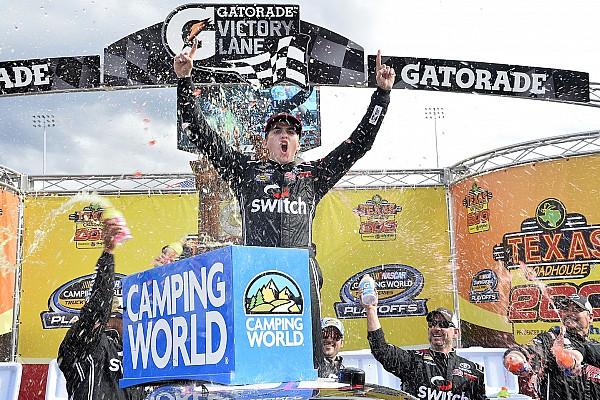 NASCAR Truck Relato da corrida Gragson surpreende e vence pela 1ª vez na Truck Series