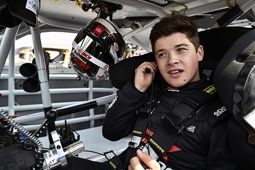 Lompat ke NASCAR Seri Piala, Harrison Burton Teruskan Tradisi