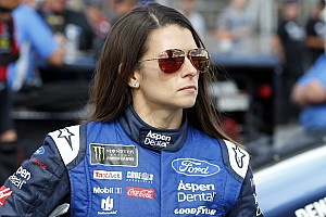 Monster Energy NASCAR Cup Son dakika Danica Patrick'in Stewart-Haas macerası bitiyor