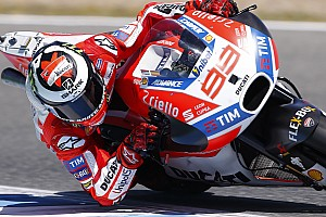 MotoGP Важливі новини Лоренсо: Використання задніх гальм стало ключем до прогресу з Ducati