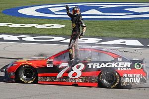 NASCAR Cup Preview Can Martin Truex Jr. hit the jackpot at Las Vegas again?