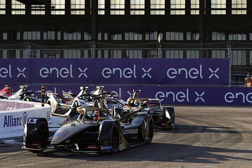 فورمولا إي: دا كوستا ينجو من مشاكل الطاقة ويفوز بأولى سباقات برلين