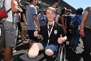 Le Mans BRÉKING Webber és a lábait elvesztő Billy Le Mans-ban: pár év múlva rajthoz is állna?!