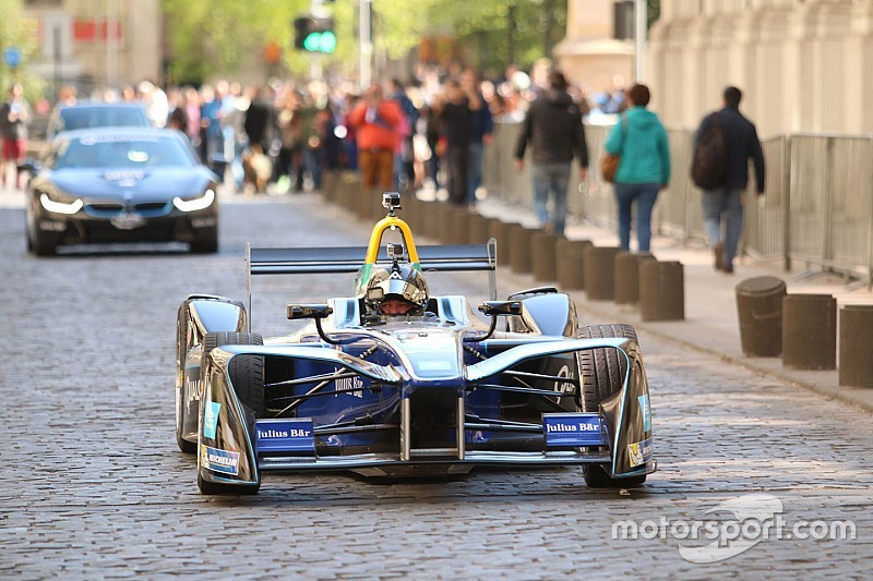Santiago Formula E track revealed, Salazar gets demo run