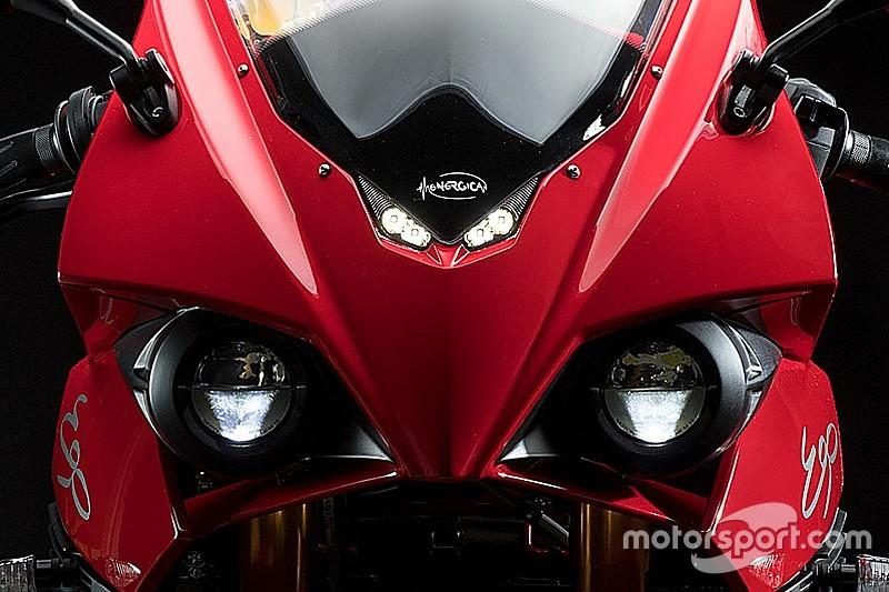 Відео Moto-e: Energica Ego перемагає BMW, Ferrari та Tesla