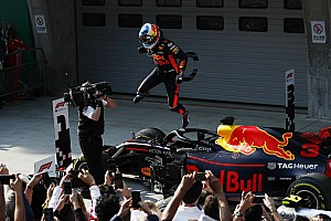 Formula 1 Race report Chinese GP: Ricciardo storms to win as Verstappen hits Vettel