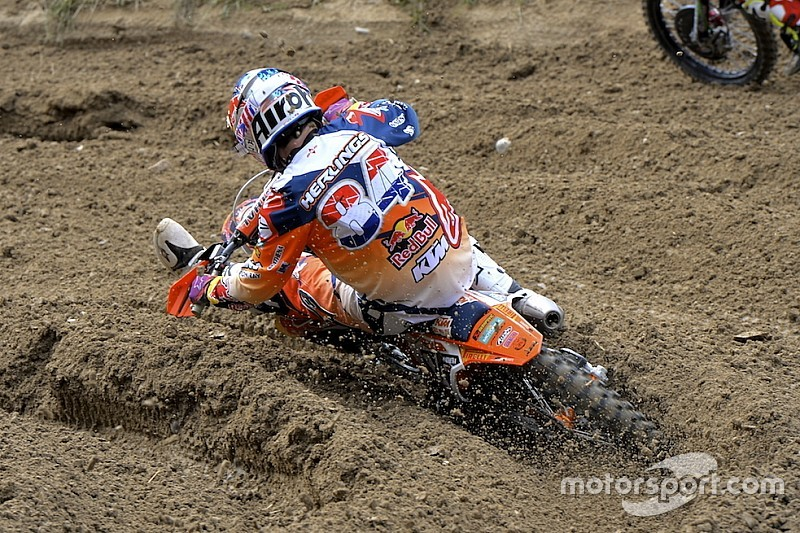 Jeffrey Herlings sale a quota nove vittorie in Spagna