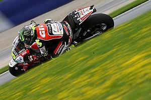 MotoGP Репортаж з практики Гран Прі Британії: Кратчлоу виграв друге тренування, Маркес двічі впав