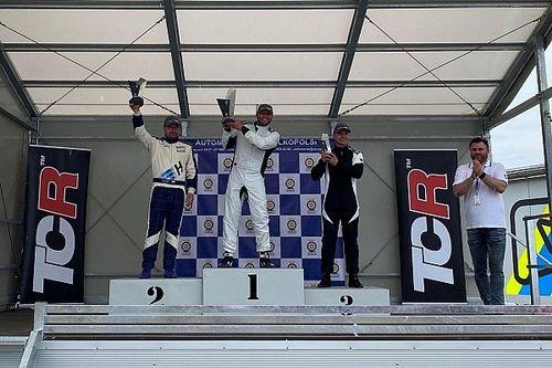 Dwa razy Ratajczak w Mazda MX-5 Cup