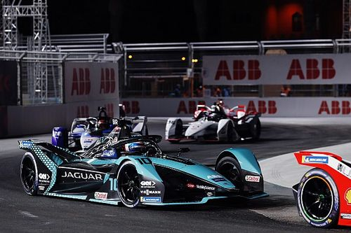 فورمولا إي: بيرد يفوز في السباق الثاني في الدرعيّة بعد رفع العلم الأحمر