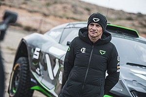 Sarrazin signed to partner Chadwick at Veloce XE team
