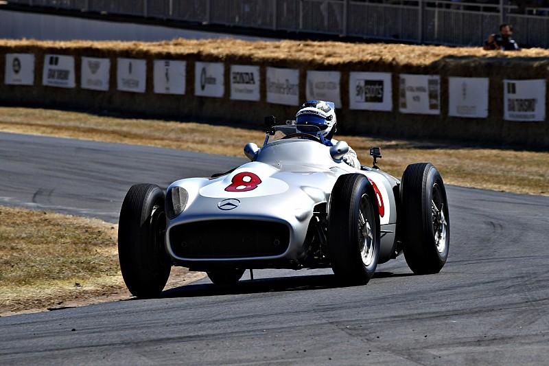 Bottas, Mercedes W196'ya hayran kalmış