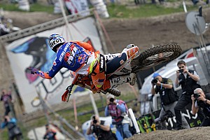 Mondiale Cross MxGP Qualifiche Herlings vince il primo confronto con Cairoli in Trentino