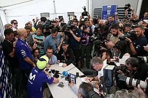 """Rossi a Márquez: """"Yo he tirado cuatro pilotos en 20 años, tu cinco en una carrera"""""""