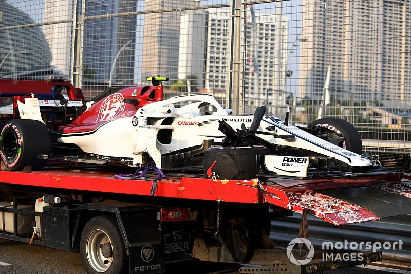 Szingapúri Nagydíj: képek az első F1-es szabadedzésről