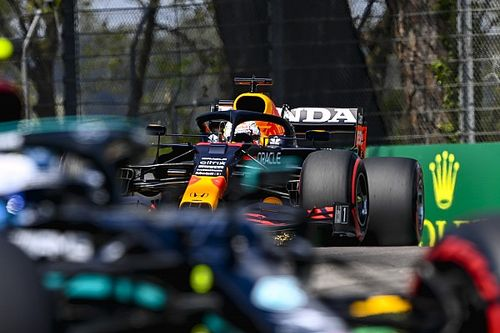 F1-update: Valse start voor Verstappen in Imola, Aston Martin boos