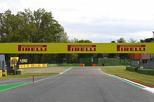 F1 Emilia Romagna GP Live Commentary and Updates - FP1 and FP2