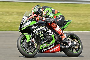 World Superbike Race report Donington WSBK: Sykes holds off Rea for second win of the weekend
