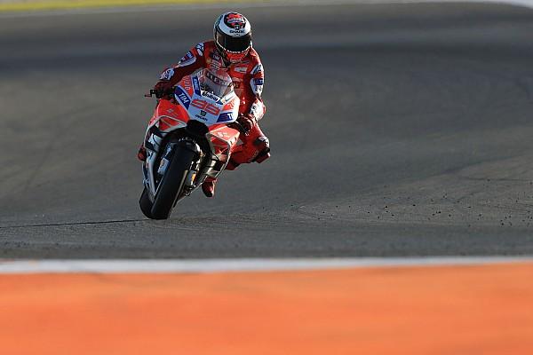Lorenzo keluhkan progres Ducati 2018