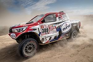 Dakar Nieuws Motor Ten Brinke knalt bij 190 km/u: