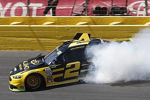 NASCAR Cup Самое интересное Видео: сумасшедший «сейв» пилота NASCAR