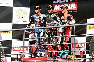 World Superbike Crónica de Carrera Cuarto doblete de la temporada para Rea y primer podio de Van der Mark con Yamaha