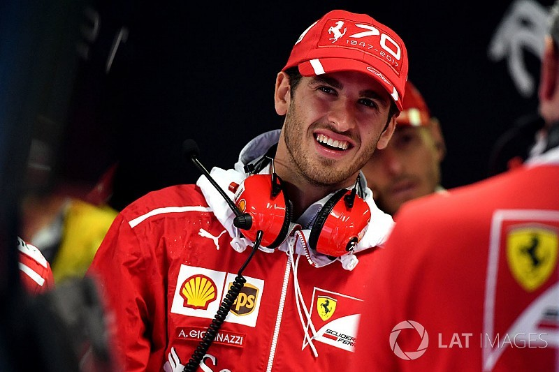 Ferrari прагне відправити Джовінацці і Леклера до Sauber