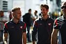 Magnussen stopped Grosjean getting