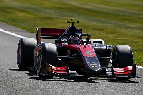 Silverstone F2: Ilott takes points lead with feature race win