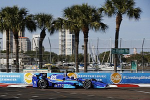 IndyCar Репортаж з практики Гран Прі Сент-Піта: Діксон виграв третю практику