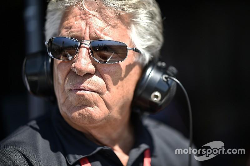 """Mario Andretti: """"Alonso no hace las 500 millas solo por publicidad"""""""