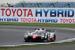 WEC Репортаж з практики WEC у Сільверстоуні: Toyota на дві секунди випередила Porsche