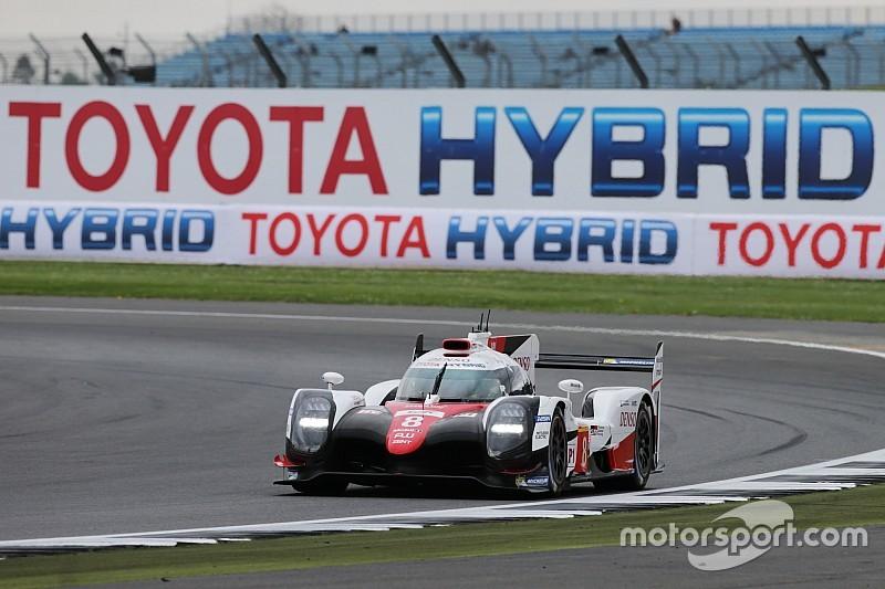 WEC у Сільверстоуні: Toyota на дві секунди випередила Porsche