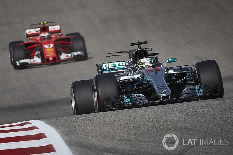 """Mercedes et Ferrari sont """"alignés à 100%"""" en F1, selon Zetsche"""