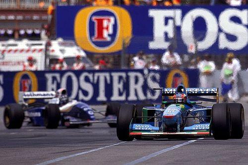 C'était un 13 novembre: Schumacher accroche Hill et le titre