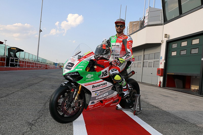 Livrea tricolore per il Barni Racing Team e Xavi Fores a Misano