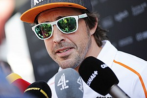 Алонсо предсказал McLaren худшую гонку в году