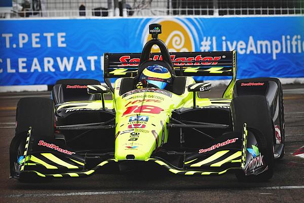 IndyCar St. Pete: Rossi centra Wickens a 2 giri dalla fine, Bourdais ne approfitta